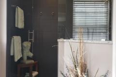 Bathroom 6b